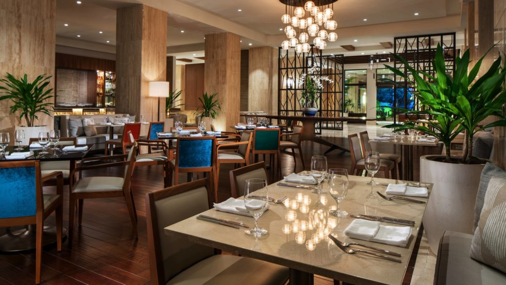 mestizo-dining-power-lunches-panama